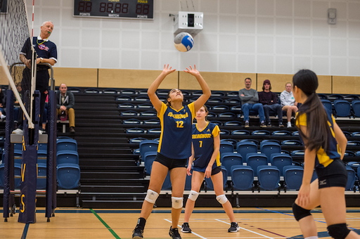 Grade 10 Volleyball Cavs Pushing For A Playoff Spot