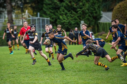 Grade 8 Rugby Earns Semi-Final Berth